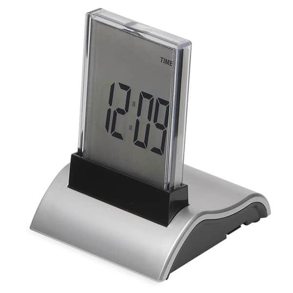 遊び心くすぐる実用的な7色イルミネーション目覚まし時計